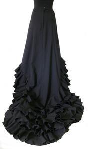 Обувь и юбка для фламенко