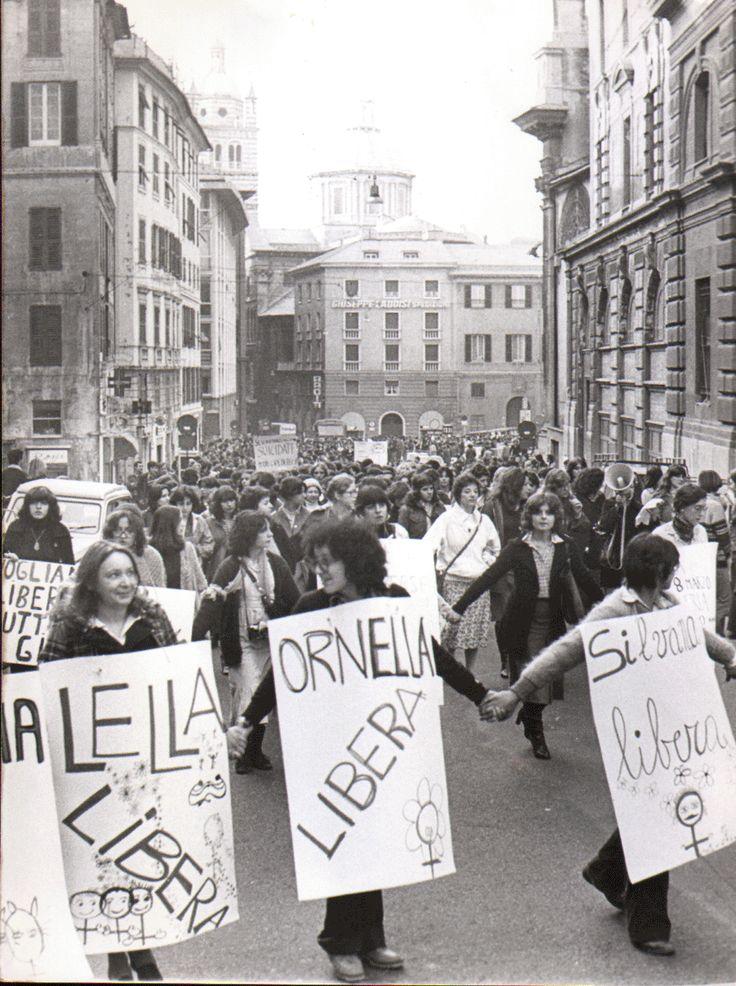 public/album/Femminismo '70/1978.12marzo.gif