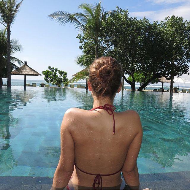 WEBSTA @ iamlatintin - Another #tb  #escape #bali #globetrotter #travel #nusadua #ayodyabali #beachesnresorts