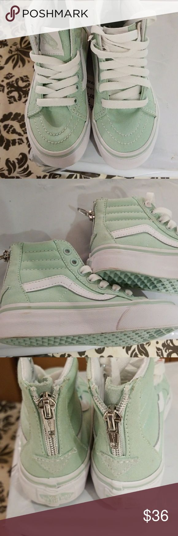 Girls Vans Off the Wall..Hottest Out! Nwot never worn....zip up back...mint green....size10.5....skateboard shoe Vans Shoes Sneakers