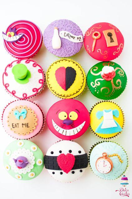 ! Dolci Creativi di Sarù - Torte decorate: Alice nel paese delle meraviglie {Torta e cupcakes} EMMY AND DANI