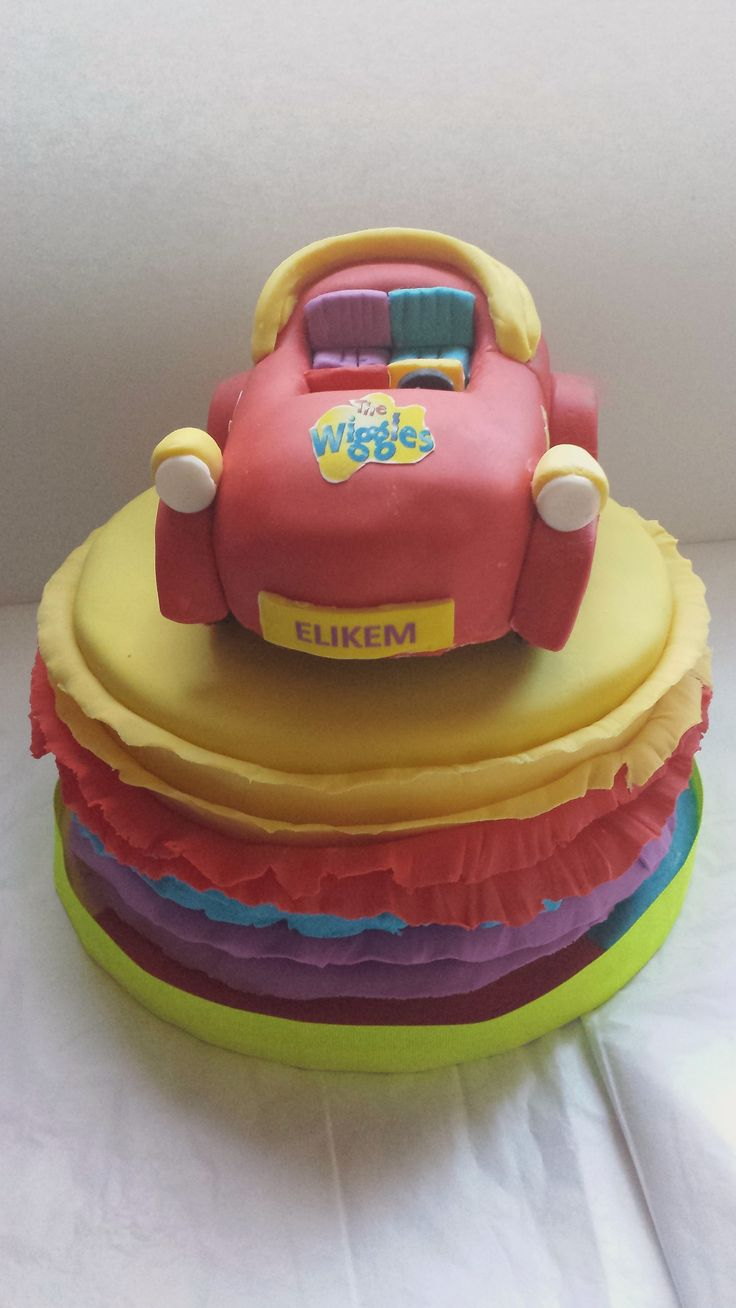 Ruffle designed cakes with car topper