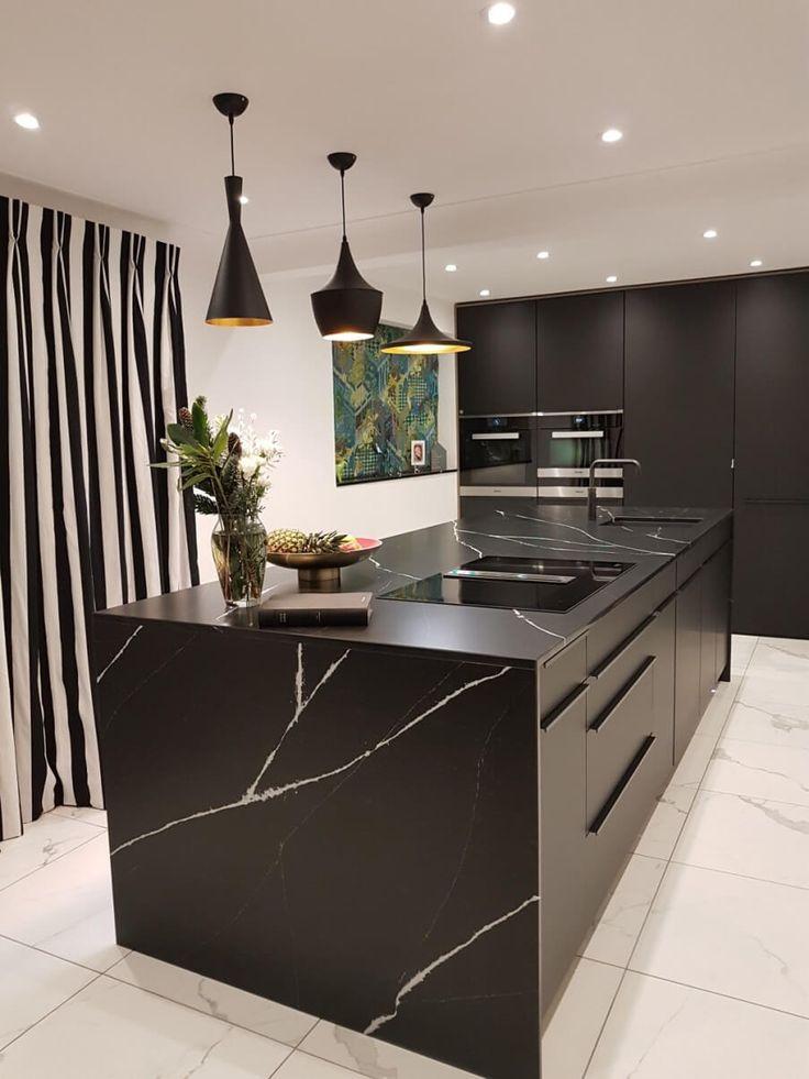 Grey Kitchens, Luxury Kitchens, Luxury Kitchen Design, Interior Design Kitchen, Kitchen Furniture, Kitchen Decor, Black And Grey Kitchen, Black Kitchen Countertops, Kitchen Island