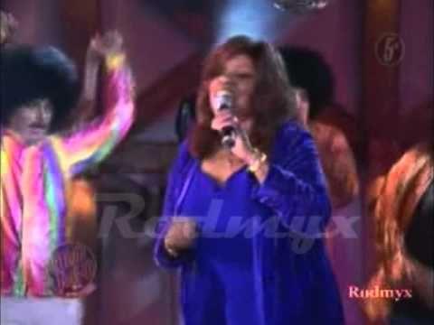 Gloria Gaynor   I Will Survive en vivo ingles y español otro rollo