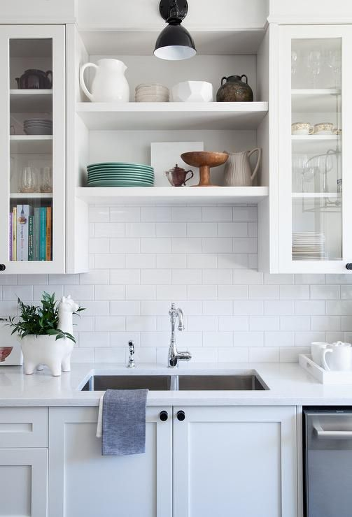 Best Stunning Kitchen Features Off White Shaker Cabinets 400 x 300