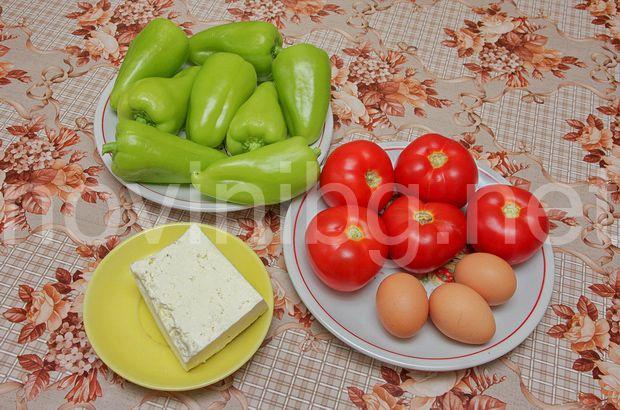 Пълнини чушки с доматен сос - продукти
