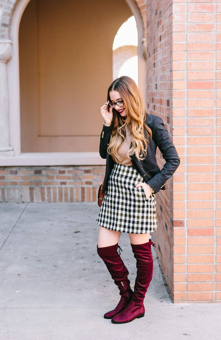 Styling a preppy fall outfit that may or may not be inspired by Gossip Girl. See more of the turtleneck and tweed mini skirt look in today's post.