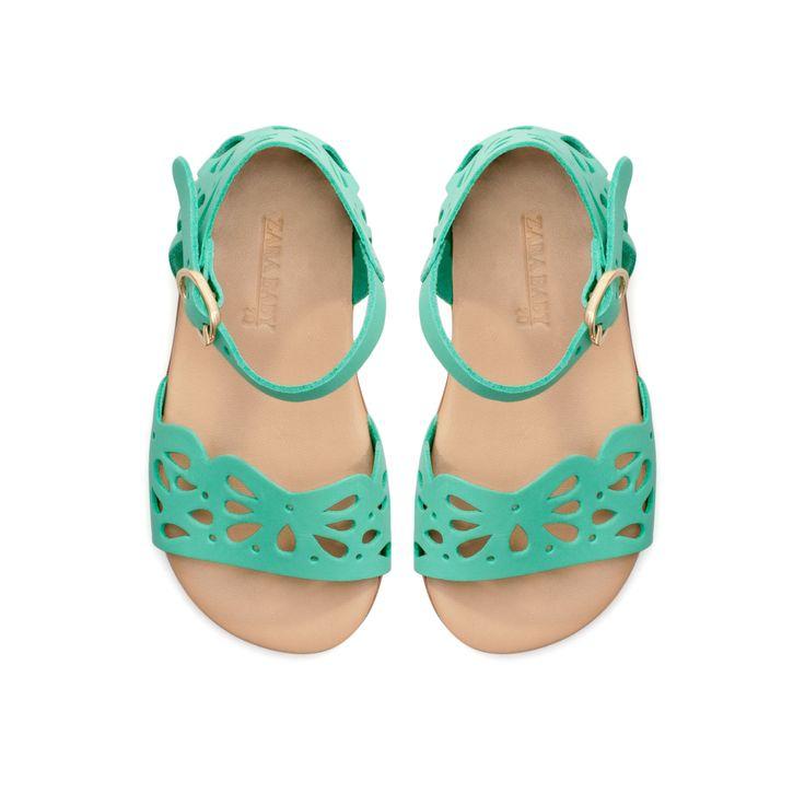 Baby girl sandals: I secretly want a little girl sshhhh..... :)
