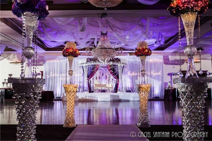 19 best images about stage decorations on pinterest for Arab wedding stage decoration