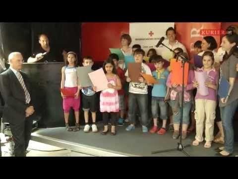 Video: Bericht von der Lernhaus-Eröffnung. Mehr unter: http://kurier.at/thema/lernhaus