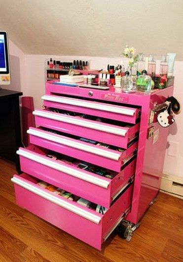 A makeup tool box!! And it's pink!!!!!