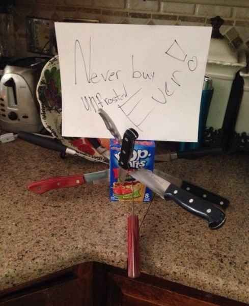 Anyone who buys unfrosted Pop-Tarts: | 21 People Who Are Clearly Monsters