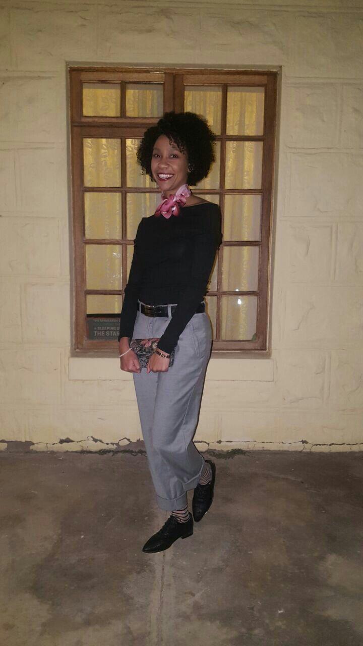 Black off-shoulder top, Grey Tailored pants, Black Brogues & Mom's Vintage purse #Style #fashion #vintage