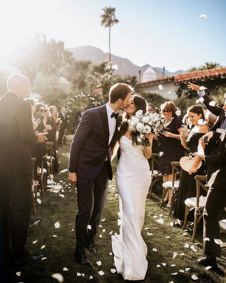 работу фотографии свадеб людей из высшего общества первую очередь