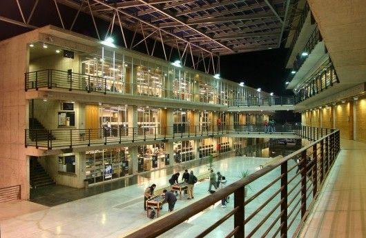 Galeria de Duoc Puente Alto / Sabbagh Arquitectos - 10