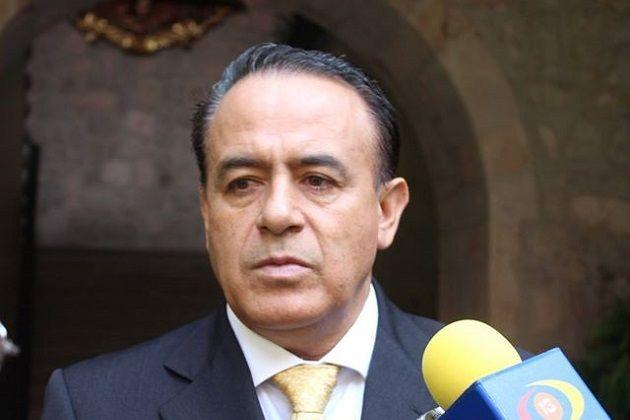 Una ley específica para la protección del ejercicio periodístico, es una prioridad en la agenda del Grupo Parlamentario del PRD, afirmó el presidente de la Junta de Coordinación Política en ...