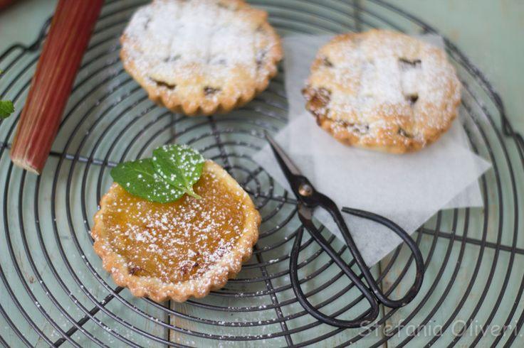 crostatine di #rabarbaro di Stefania Oliveri Qui la ricetta-->http://www.glutenfreetravelandliving.it/gffd-ricette/