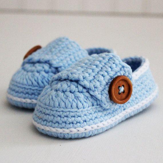 Light Blue Crochet Baby Shoes by AzureaStudio on Etsy