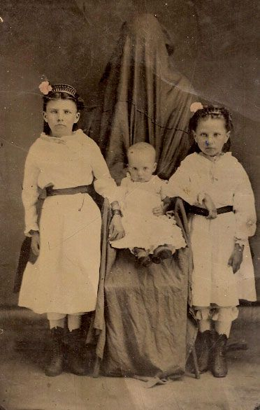 20 EVIL CHILDREN WHO WILL HAUNT YOUR DREAMS | The Ghost Diaries