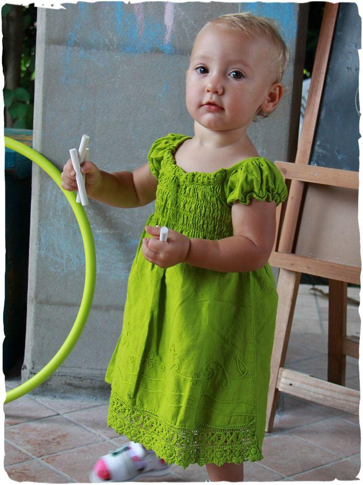 Vestito estivo Bimba in puro cotone #vestito #estivo #bimba Gabriella #abito #leggero in #puro #cotone arricciato nel busto made in #Perù 100% #cotone lavabile in lavatrice 40° taglie: da 3 mesi a 6 anni