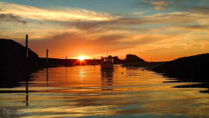 Experience the beautiful Bude by staying local at Wooda Farm Holiday Park, Bude, Cornwall - Pitchup.com