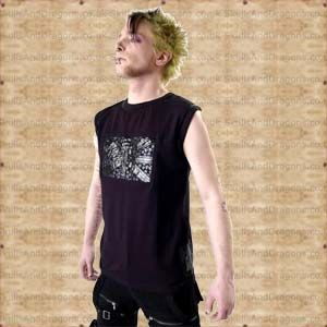 A mens sleeveless top with a stylised black British union flag and skulls printed on the front. The Skull Union Jack Sleeveless T Shirt in the Skulls and Dragons clothing range.    Made from cotton    Ref : SDSH2102907   Price : 38.99 GBP
