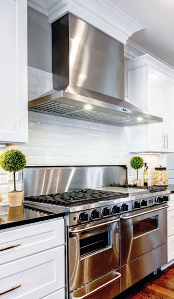 Raise your hand if you love this white kitchen? Who knew luxury Range Hoods Could be so affordable? Now this is a customer Kitchen done right featuring the Proline PLFW 520 Stainless Steel Range Hood. If you are remodeling your home, planning your dream kitchen, or searching for a kitchen appliance company that provides vent hoods that are both affordable and high quality, Proline is your range hood solution. Choose from wall mount, island, under cabinet hoods and more.