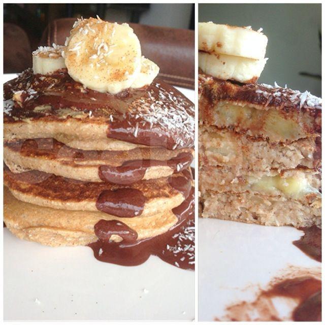 Coconut cinnamon banana chunk pancakes | Breakfast | Pinterest