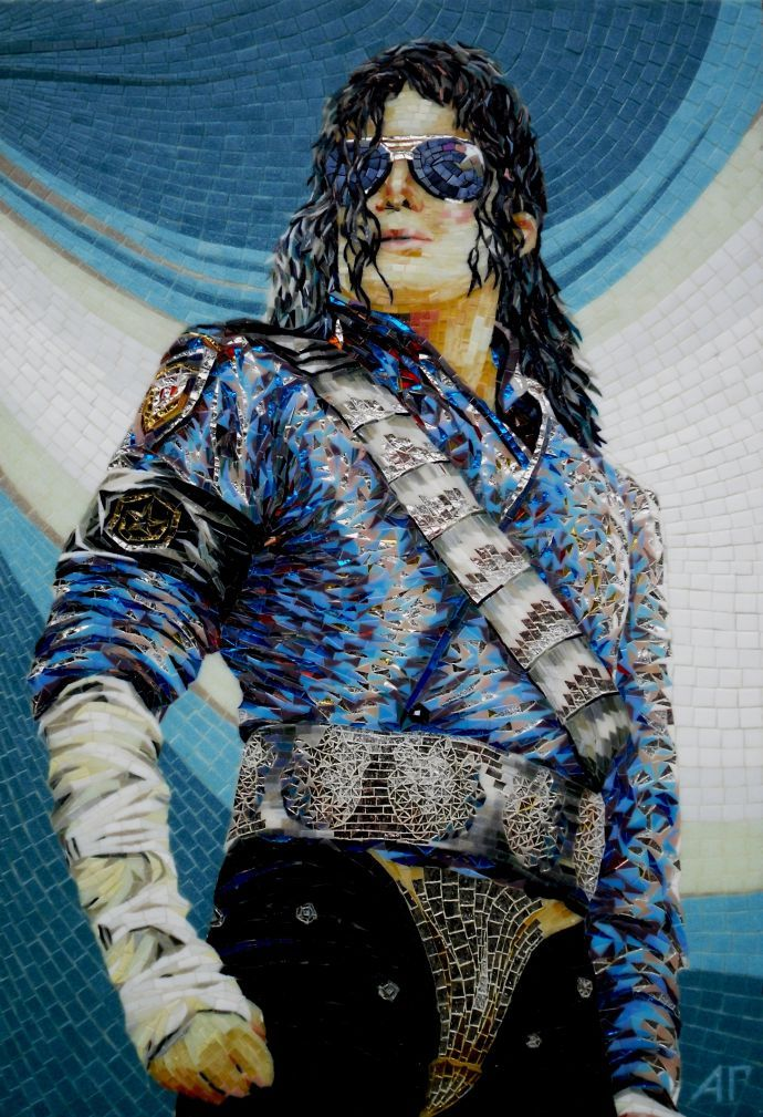 Необычные портреты из обычной мозайки
