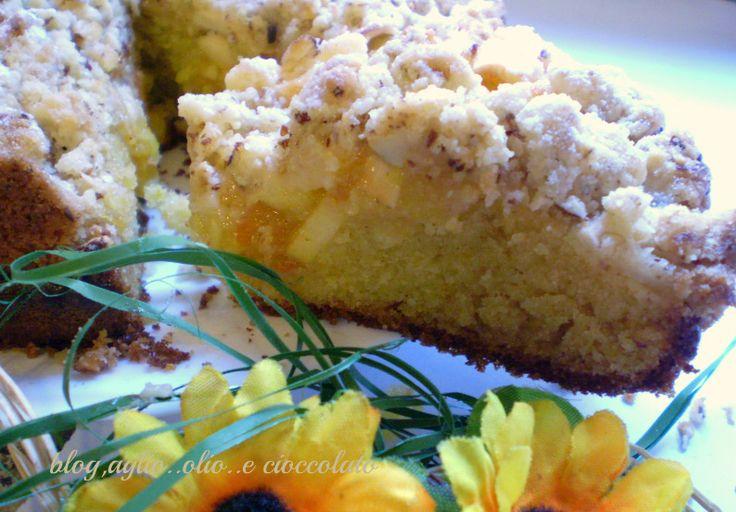 torta di mele con marmellata e streusel