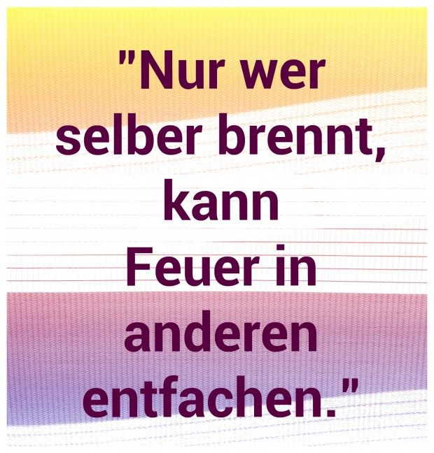 Allen einen schönen Feiertag und gute Laune und immer daran denken, was ich in mir entfache, kann ich auch in anderen entfachen!  weitere Sprüche auf www.Lebensweisheiten-tipps.de