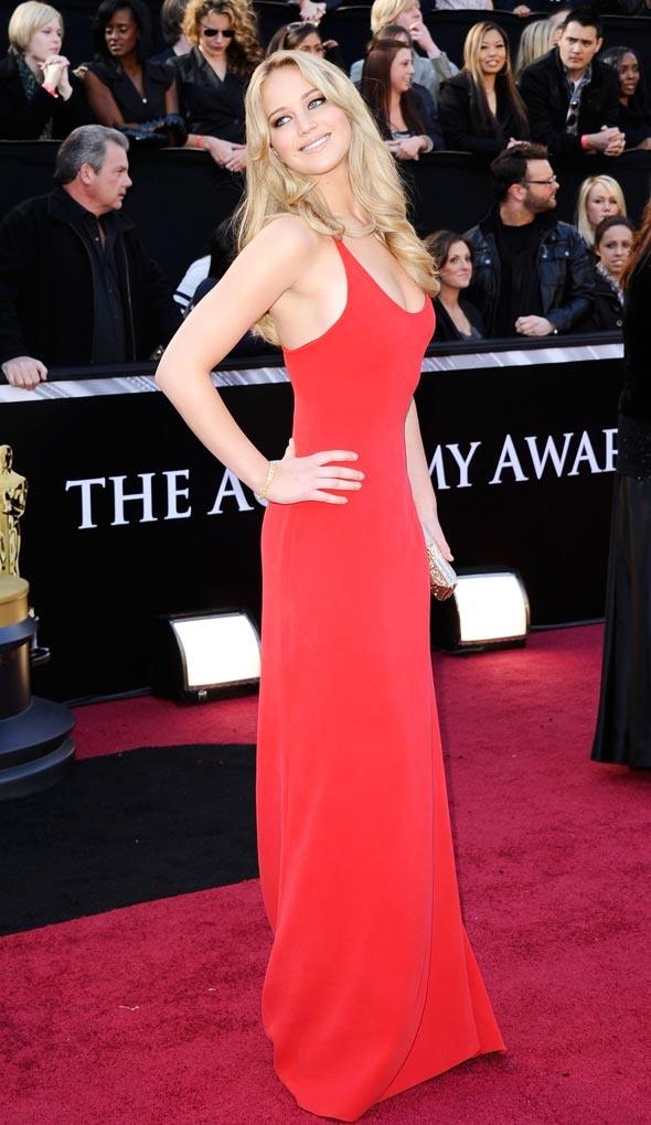 Lovely Jennifer Lawrence in 2011 Academy Awards Red carpet
