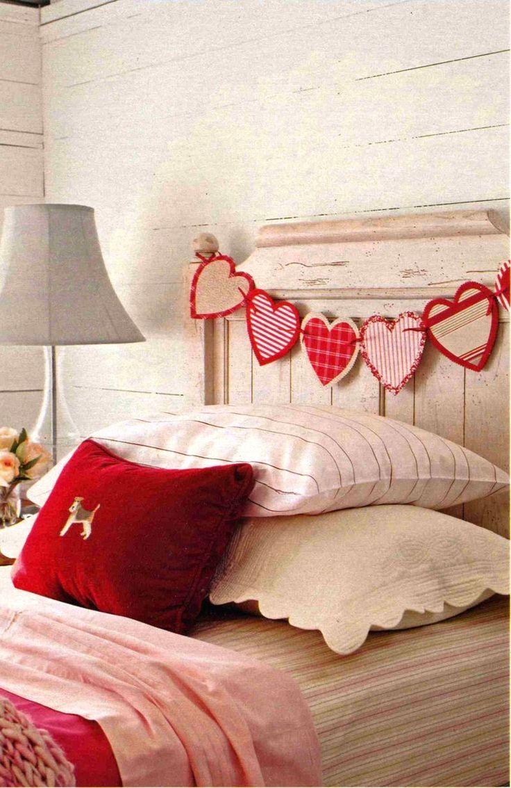 Valentine'S Day, Decor Ideas, Crafts Ideas, Valentine Day Crafts, Heart Garlands, Headboards, Bedrooms, Valentine Decor, Banners