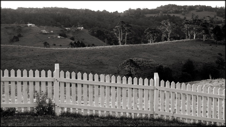 Garden Fencing,Maleny, Queensland.