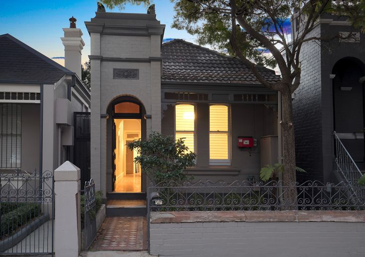 Level entry to both levels of the home  #NewHome #Property  #Investment #homestyling #interiors #propertystyling interiordecorating  #modern #architecture #renovation