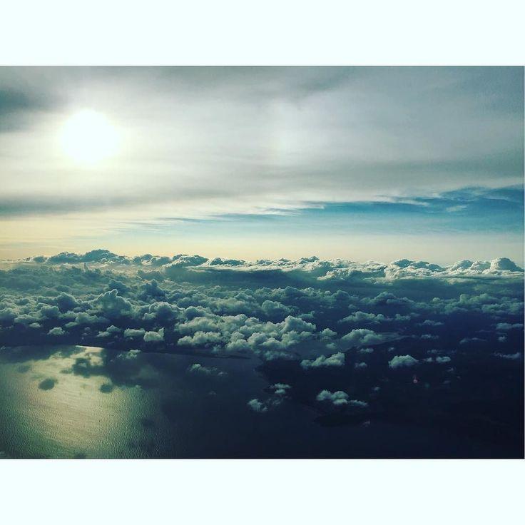 Lovely evening sun flying home #pilot #bestview #sunset Lets connect on facebook: http://ift.tt/2gq1dB7
