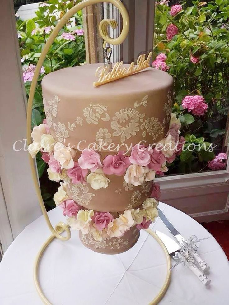 17 Best Images About Cake Chandelier On Pinterest