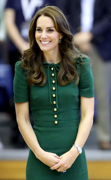 Kate Middleton Photos Photos - Catherine, Duchess of Cambridge visits Kelowna University during the Royal Tour of Canada on September 27, 2016 in Kelowna, Canada. Prince William, Duke of Cambridge, Catherine, Duchess of Cambridge, Prince George and Princess Charlotte are visiting Canada as part of an eight day visit to the country taking in areas such as Bella Bella, Whitehorse and Kelowna. - 2016 Royal Tour To Canada Of The Duke And Duchess Of Cambridge - Kelowna, British Columbia And…