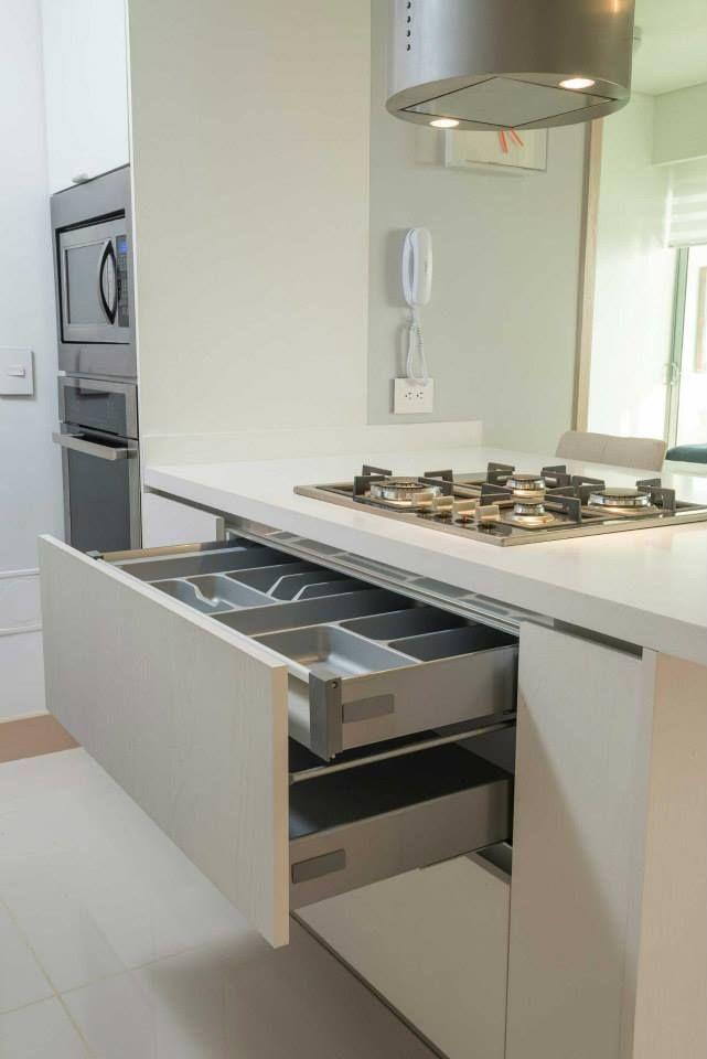 1000 images about ambar oceanic apartamento modelo on for Cocinas ultramodernas