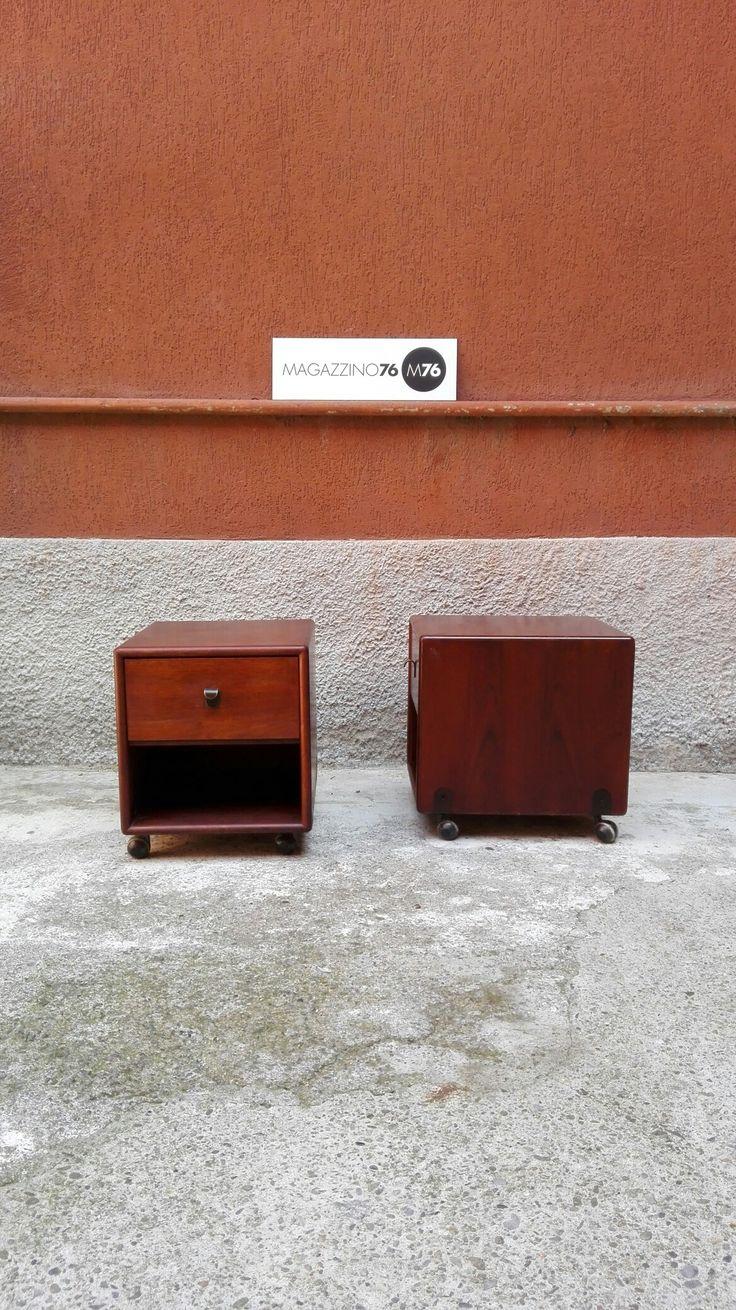 Coppia di comodini danesi. Su ruote Con cassetto Anni 60  Ottime condizioni Misure 40x40x40h #magazzino76 #viapadova #Milano #nolo #viapadova76 #M76 #modernariato #vintage #industrialdesign #industrial #industriale #furnituredesign #furniture #mobili #anni60 #comodini #modernfurniture #antik #antiquariato  #divani #tavolino #coffeetable #teak #danish #scandinaviandesign