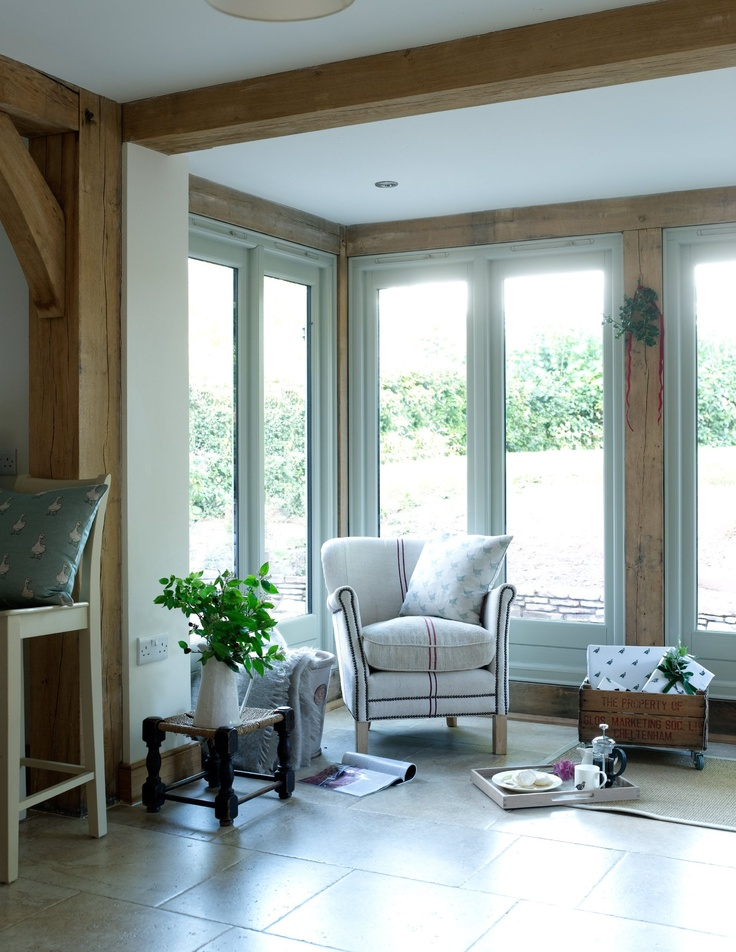 oak garden room with painted joinery
