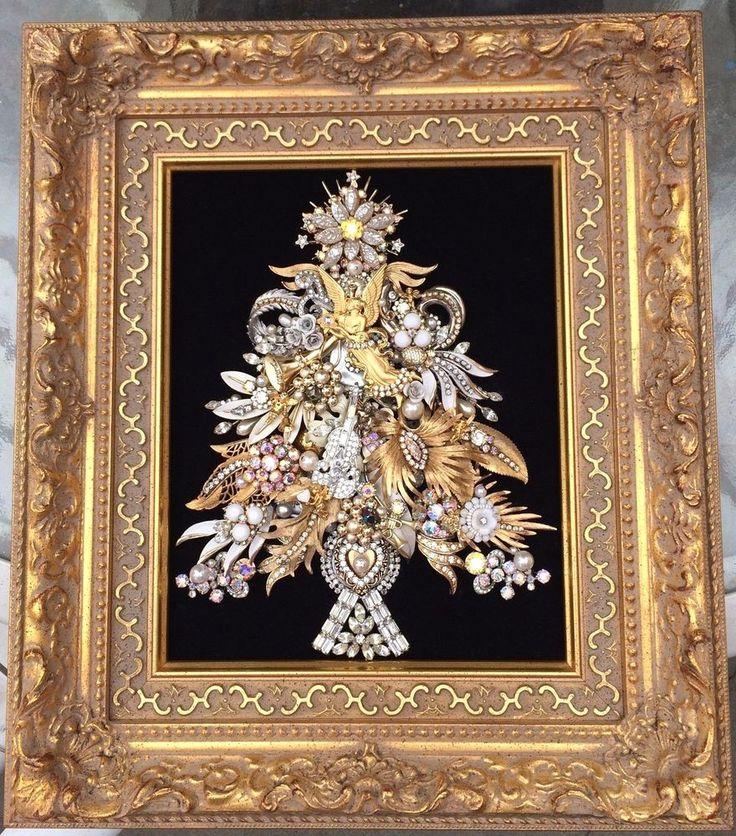 VINTAGE RHINESTONE JEWELRY FRAMED CHRISTMAS TREE ART ~ ANGELS VIOLIN PINS OOAK