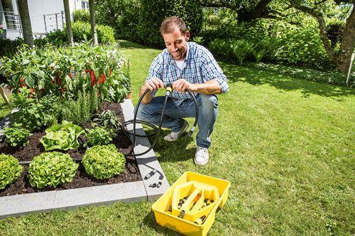 En cette année 2017, la société familiale Kärcher veut rappeler qu'elle dispose d'un réel savoir-faire au service du jardin, en apportant des solutions technologiques innovantes et complémentaires de ses machines. En effet, Kärcher propose désormais une gamme complète d'arrosage pour le jardin qui allie technologie de pointe et développement durable et ce, pour une gestion de l'eau responsable et respectueuse de l'environnement. Pour preuve : quand la plupart des tuyaux microporeux sont…