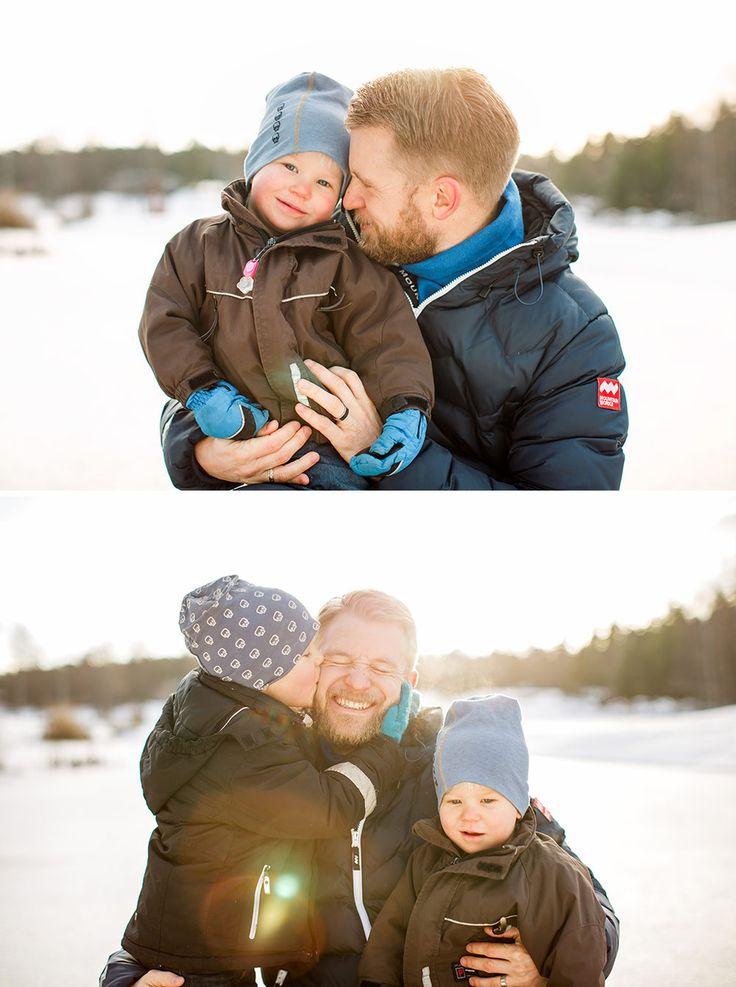 © Anna Sandström Foto, Winter family photo, Family photo session, Family portrait, Familjefotograf Stockholm, familjeporträtt, Lifestyle fotograf, Lifestyle family photographer, Familjefotografering Stockholm, Vinterfotogtafering