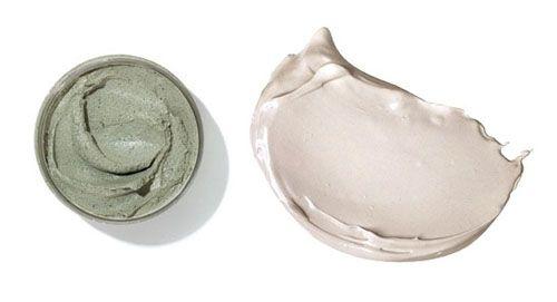 maschera all'argilla  se mescoli alla argillasucco di limone o di arancianon farlo più!Creeresti una maschera ossidantemeglioTea Tree Oil per disinfettare o olio di oliva, di jojoba o di mandorle per nutrire.Mai mescolare l'argilla con cucchiai in metallo:Mai far asciugare completamente la mascheraapplicare uno strato abbastanza spesso di maschera, lasciarla in posa 10/15 minuti al massimo e poi sciacquarla via con acqua tiepida.