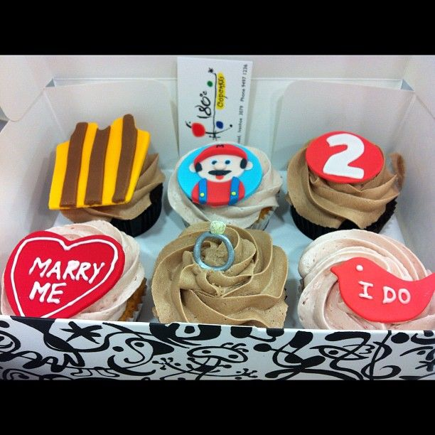 #cupcakes #formylove #180degreesccupcakes #2yearsago #lovehim