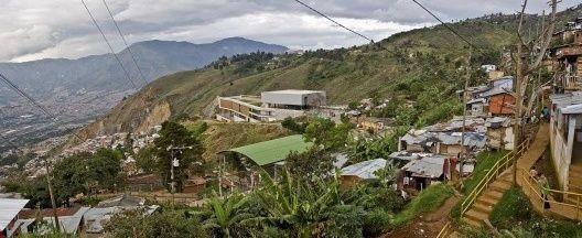 projetos 134.07 edifício educacional: Colegio Santo Domingo Savio | vitruvius