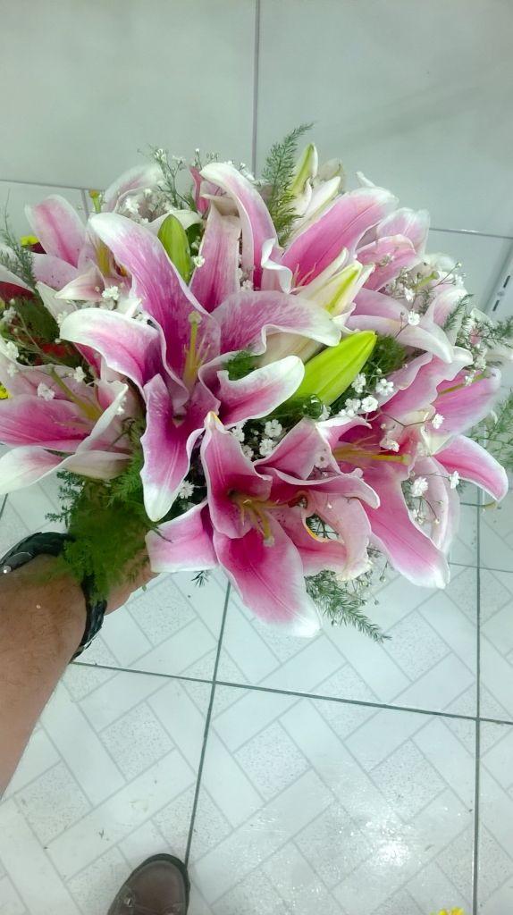 Bouquet de Lírios cor de Rosa