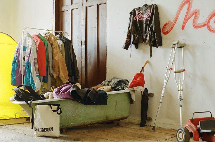 «Когда я сюда въехал, ходил голый и обнимал стены»: Обитатели Милютинского сквота о своей жизни. Изображение № 3.