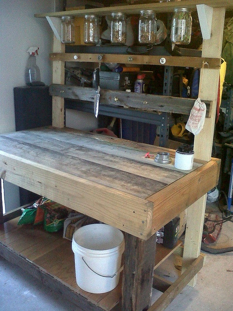 Plans for rustic outdoor benches woodworking projects for Rustic outdoor bench plans